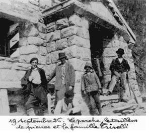 19 septembre. Le porche, le tailleur de pierres et la famille Trivelli
