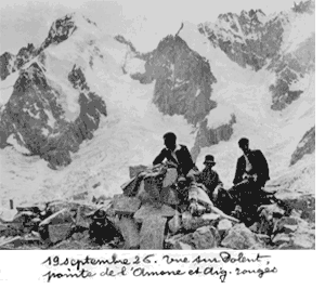 19 septembre 26. Vue sur Dolent, pointe de l'Amône et Aig. rouges